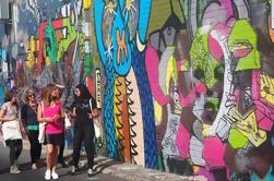 Newtown e passeio da arte da rua de Enmore que inclui a cerveja do ofício