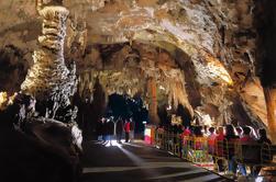 Postojna Cueva y Lago Bled Tour en grupo pequeño de Ljubljana