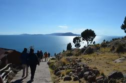 Tour Diurno do Lago Titicaca: Uros Ilhas Flutuantes e Ilha Taquile