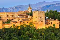 Granada Day Trip met Skip the Line naar Alhambra