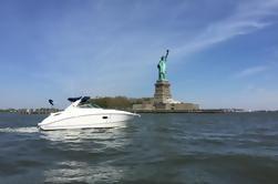 Paseo en barco de lujo en Nueva York