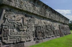 Excursión de un día a las ruinas de Xochicalco y Hacienda Vista Hermosa de Acapulco
