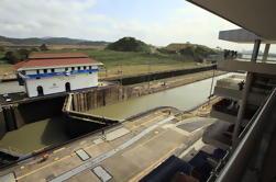 2 heures de visite du canal de Panama