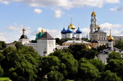 Sergiev Posad Excursão de um dia a partir de Moscovo Incluindo Troitse-Sergiev Mosteiro
