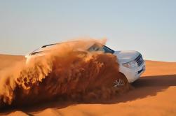 Dubai Desert Tour con 4x4 Dune Bash e cena barbecue