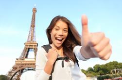 Saltar la línea: Entradas de la Torre Eiffel y Tour en grupo pequeño