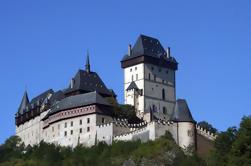 Castillo de Karlstejn Fácil excursión en grupo de bicicletas desde Praga