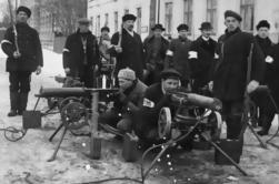 Private Helsinki Walking Tour: La guerre civile finlandaise 1918