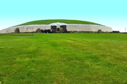 Excursión de un día en grupo pequeño al valle de Boyne desde Dublín: Newgrange y la colina de Tara