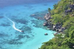 Excursión de un día a Phang Nga Bay desde Phuket en lancha rápida
