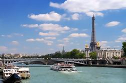 Acceso Especial: Tour expreso de la Torre Eiffel con cubierta de observación en el segundo piso y crucero por el Sena