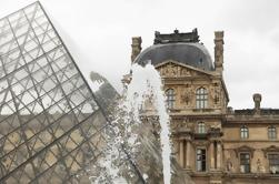 Tour semiprivado: Museo del Louvre con entrada de Skip-the-Line