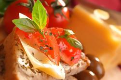 Antiguo corazón de Nápoles Tour a pie con degustaciones de comida callejera