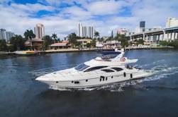 62 'Azimut Alquiler de barcos con Jet Ski en Miami