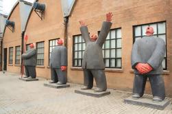 Visite privée de Beijing au théâtre national et à la 798 art zone en transport en commun