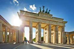 Warnemuende Shore Excursion: Excursão Privada em Berlim