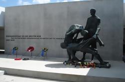 Warnemünde Shore Excursion: Private Sachsenhausen e Berlim Tour