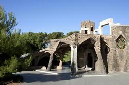 Colonia Güell et Gaudi Crypt Entrée