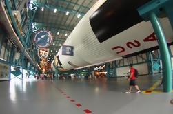 Centro espacial Kennedy y salida de compras de Outlet de Miami