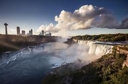 Tour de 3 días: Lagos Finger, Cataratas del Niágara, Toronto y 1000 islas de la ciudad de Nueva York
