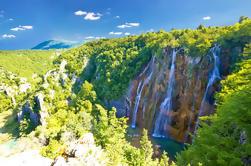 Plitvice Lakes Private Day Tour de Zagreb com transferência para Zadar (ou vice-versa)