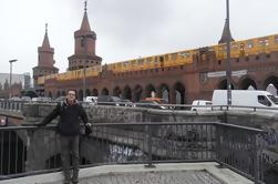Private 3.5-Hour Berlin Walking Tour: A Alternativa Berlim Tour