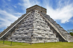 Excursão acessível em cadeira de rodas em Chichén Itzá a partir de Cancun