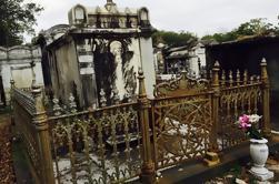 Templos Voodoo privados y la experiencia del cementerio de Nueva Orleans