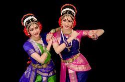 Tour Privado de las Cuevas de Kanheri incluyendo almuerzo y espectáculo de danza tradicional