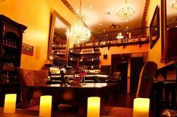 Degustação de vinhos em Vampire Vineyards Sala de Degustação e Lounge em Beverly Hills
