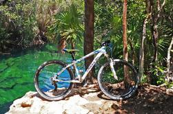 Cenote Trail Bike Tour en Tulum