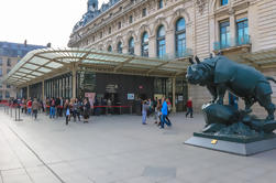 Musée d'Orsay con el acceso a la línea de Omisión