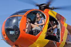 Passeio de helicóptero em porta aberta em Oahu