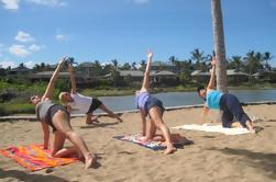 Yoga de la mañana en la Bahía de Anaehoomalu