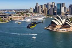 Private Helicopter Tour: 20-Minute Porto de Sydney e vôo costeiro com transferências