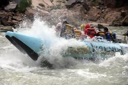 Autodireccional Tour de Rafting en White Canyon de 1 día