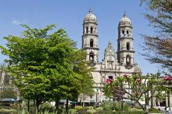 Zapopan Tour de Guadalajara: Basilique Notre-Dame et Huichol Art Museum