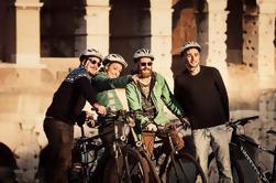 Excursión en bicicleta por la ciudad de Roma con bicicleta opcional de asistencia eléctrica