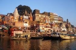 Tour privado: Varanasi de 5 días y Khajuraho de Delhi