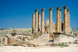 Kusadasi Shore Excursion: visite privée à Ephesus, y compris la basilique de Saint-Jean et le temple d'Artémis