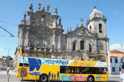 Porto Hop-On Hop-Off Tour com cruzeiro pelo rio opcional e degustação de vinhos