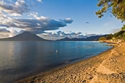 Crucero por el lago de Atitlán con transporte desde la ciudad de Guatemala