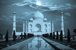 Excursión privada de 2 días a Agra desde Delhi incluyendo Taj Mahal en Full Moon