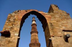 Tour autoguiado de Delhi con una guía de audio y video con GPS y transporte privado