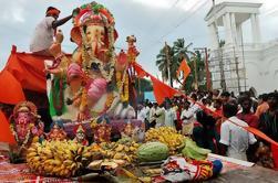 Tour Privado de Día Completo del Festival Ganesh Chaturthi en Mumbai