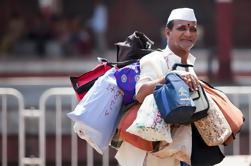 Vida de la mañana de Dabbawalas de Mumbai y Dhobis Tour
