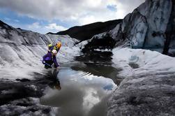 Dagstur fra Reykjavik: brevandring og isklatring på Islands Solheimajøkull Glacier
