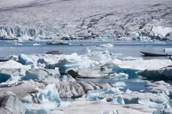 Glacier Hike and Glacier Lagoon Boat Ride in Skaftafell