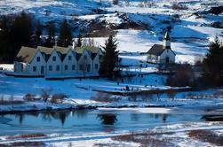 Excursión de un día a un grupo pequeño de Golden Circle y Skalholt desde Reykjavik