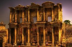 Ephesus et Ephesus Musée des amateurs d'archéologie de Kusadasi avec guide privé et Van